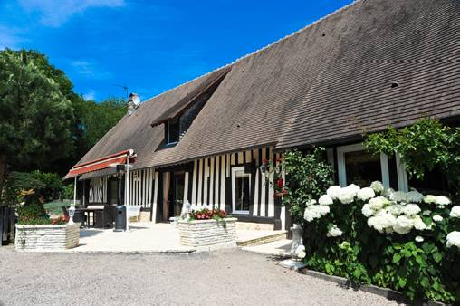 Bed & breakfasts Calvados, from 105 €/Nuit. Surville - Pont l`Evèque (14130 Calvados)....
