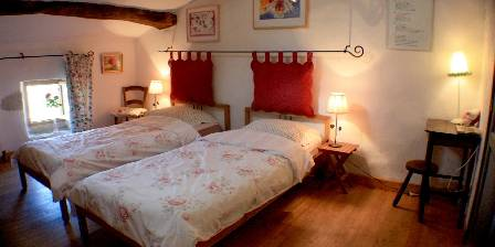 Chez Dominique et Peter La suite : la chambre des roses