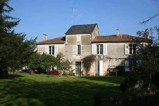 Bed & breakfasts Vendée, from 55 €/Nuit. Maillezais (85420 Vendée)....