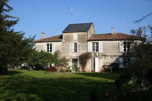 Chambres d'hotes Vendée, à partir de 55 €/Nuit. Maillezais (85420 Vendée)....
