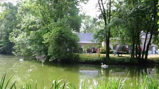 Chambres d'hotes Maine-et-Loire, à partir de 65 €/Nuit. Bécon les granits (49370 Maine-et-Loire)....