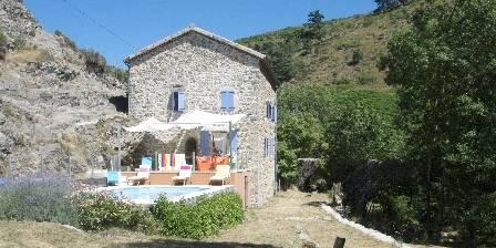 Moulin de Feouzet Piscine et terrasse Sud ouest