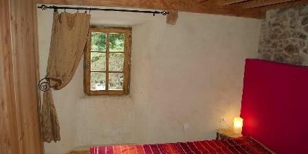 Moulin de Feouzet Chambre rouge