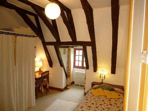 CHAMBRE`LES CHATAIGNIERS`