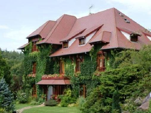 Bed & breakfasts Bas-Rhin, from 135 €/Nuit. House of character, Urmatt (67280 Bas-Rhin), Luxury, Guest Table, Swimming Pool, Sauna, Garden, Park, Net, WiFi, T.V., Baby Kits, Parking, 5 Double Bedroom(s), 5 Suite(s), 20 Max...