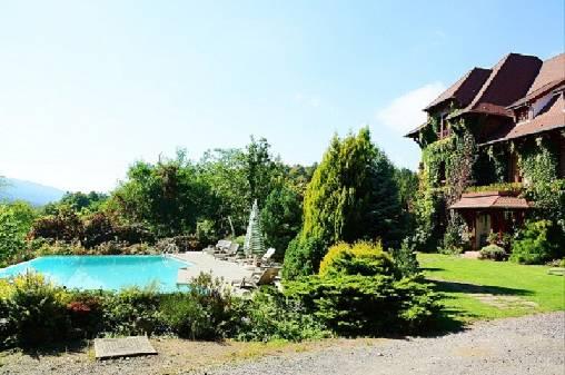 L'ermitage et sa piscine