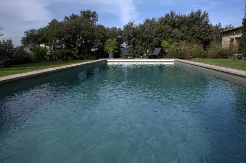 Les Terrasses - Gordes : la piscine chauffée