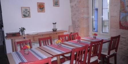 Chambre d'hotes Au Retour à La Source > la salle des petits-déjeuners