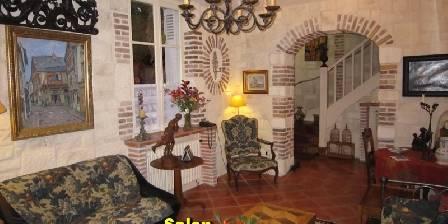 Le Petit Clos Salon