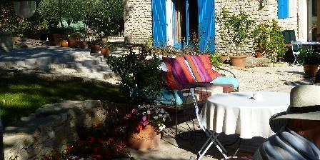 Chambre d'hotes Le Parfum Bleu > Terrasse