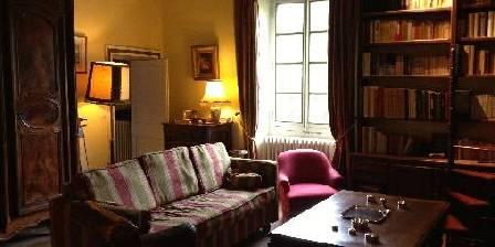 Chambre d'hotes La Maison Rose > Bibliothèque familiale
