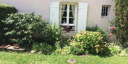 Chambre d'hotes La Maison Rose >