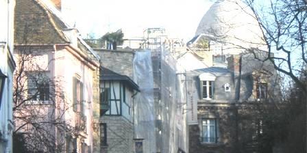 Montmartre Balade Notre rue : vue sur le Sacré Coeur