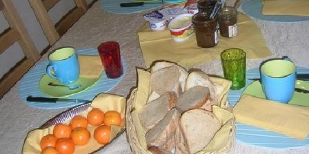 Le Kokopelli Chambres et Tipis d' Hotes  Petit dejeuner