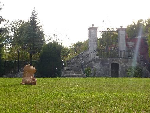 Entrée parc face château