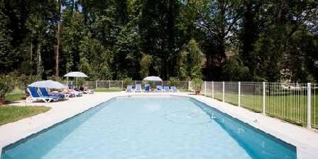 Gîte Château de Tailly La piscine