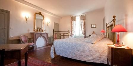 Gîte Château de Tailly Bedroom - pavillon de chasse