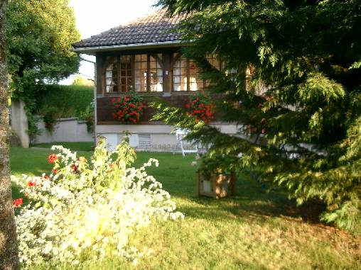 Bed & breakfasts Haute-Marne, from 80 €/Nuit. House of character, Saint Maurice (52200 Haute-Marne), Charm, Swimming Pool, Garden, Park, Net, WiFi, T.V., Baby Kits, Parking, Air-Conditioning, 2 Double Bedroom(s), 1 Suite(s), ...