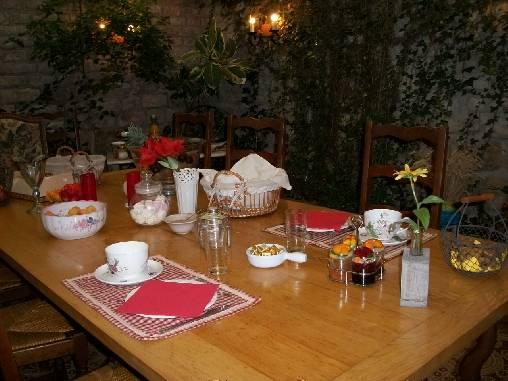 Chambre d'hote Haute-Marne - Petit déjeuner au jardin d'hiver