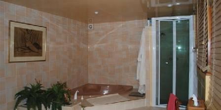 Moulin de la Concorde Salle de bain suite du Meunier