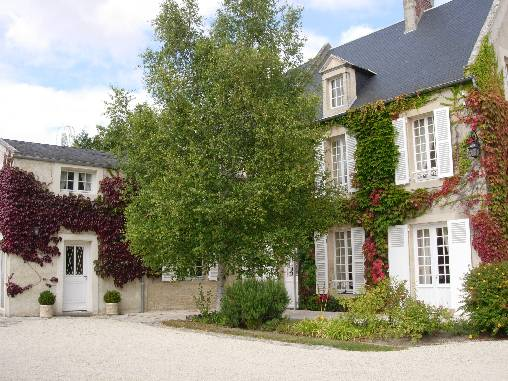 Bed & breakfasts Calvados, from 90 €/Nuit. House of character, Thaon (14610 Calvados), Luxury, Garden, Park, Parking, 4 Double Bedroom(s), 12 Maximum People, Lounge, Library, Chimeney, 4 Etoiles, Ping Pong, Cycle, Bowls, C...
