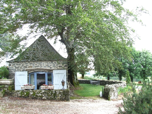 Bed & breakfasts Aveyron, from 70 €/Nuit. House of character, Laguiole (12210 Aveyron), Charm, Guest Table, Garden, Disabled access, Net, WiFi, Baby Kits, Parking, 5 Double Bedroom(s), 11 Maximum People, Lounge, Library, ...