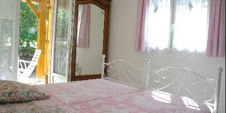 Le Mas des Arts Chambre à 2 lits de la suite familiale côté jardin
