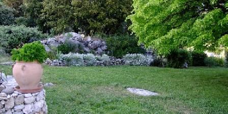 Lou Viei Jas Le jardin