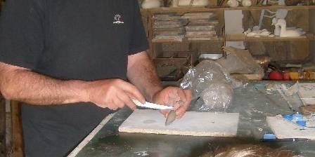 Les Roulottes du Petit  Brimeux Initiation à la sculpture par Michel Gobert