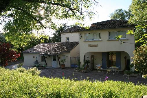 Bed & breakfasts Gard, from 65 €/Nuit. House of character, Potelières (30500 Gard), Charm, Garden, Disabled access, WiFi, Parking, 5 Double Bedroom(s), 10 Maximum People, 3 Clés  Clévacances, Travel Cheques, Bowls, Cou...