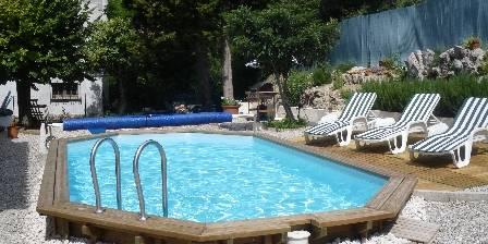 Gite L'escale > piscine