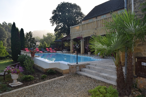 bed & breakfast Dordogne - Infinity heated pool