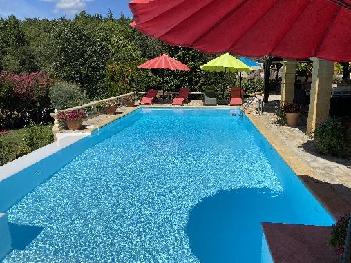 bed & breakfast Dordogne - heated pool