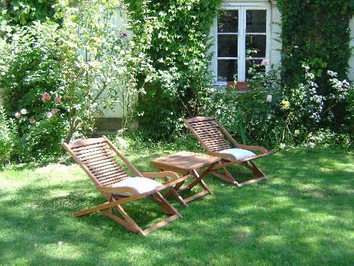 Chambre d'hote Mayenne - Détente dans le jardin