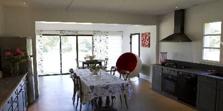 Domaine de la Trigalière Cuisine Sainte Christine