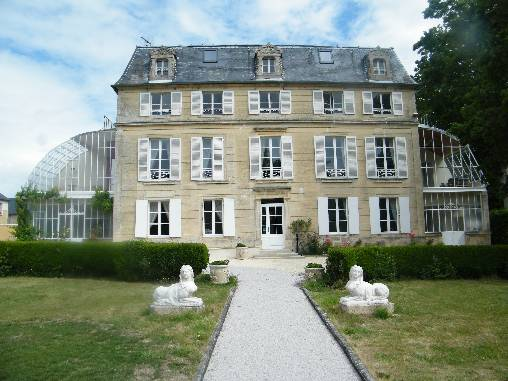 Bed & breakfasts Calvados, from 75 €/Nuit. Castle, Saint Martin des Entrees (14400 Calvados), Charm, Guest Table, Garden, Park, Disabled access, WiFi, T.V., Baby Kits, Parking, 3 Single Bed(s), 2 Suite(s), 15 Maximum Peopl...