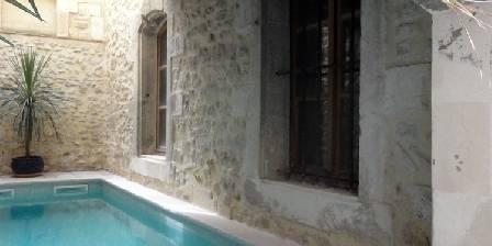 Côté Cour Pool