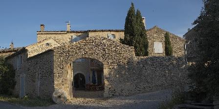 Le Moulin Des Sources Entrée