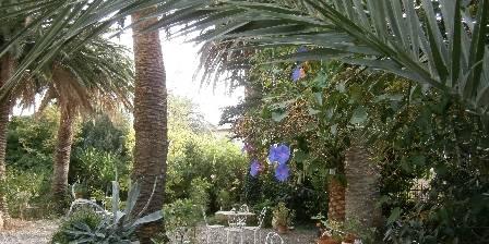 Chez Laurence Jonqueres d'Oriola Le jardin