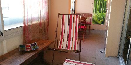 Location de vacances Eguzkia > terrasse