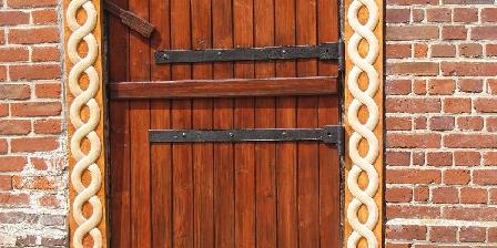 Le Repaire d'Asgeïr Derrière cette porte: le voyage dans le temps!