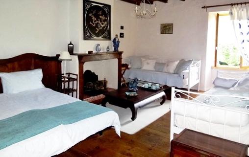 chambre d 39 hote chez providence chambre d 39 hote aude 11 languedoc roussillon album photos. Black Bedroom Furniture Sets. Home Design Ideas