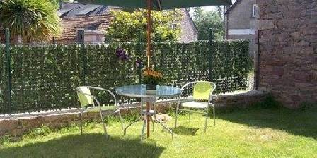 Holiday rental La ville bourse > le jardin