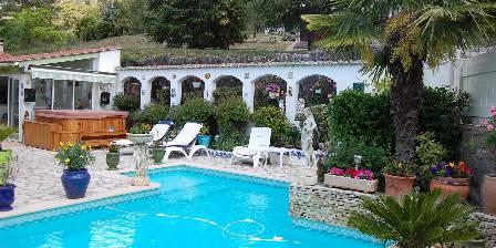 Villa du Pont Villefranche de Conflent Piscine et jacuzzi