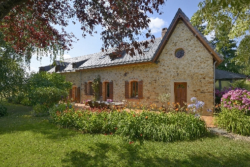 Bed & breakfasts Maine-et-Loire, from 62 €/Nuit. House of character, Thorigne D\`anjou (49220 Maine-et-Loire), Charm, Park, WiFi, 3 Double Bedroom(s), 10 Maximum People, Lounge, Chimeney, 3 épis Gite De France, Travel Cheques, C...