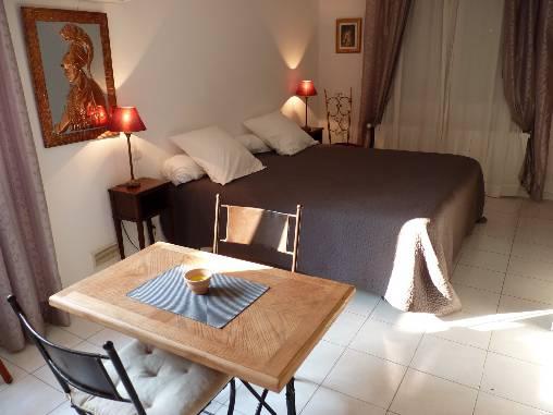bed & breakfast Var - Our lovely studio Adriana