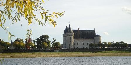 Ferme de la Poterie Chateau de Sully sur Loire