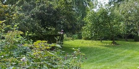 La Ferme De Beaupre Balade dans le jardin paysager