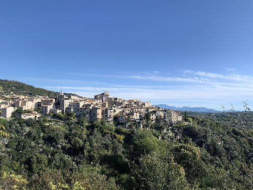 Chambre d'hote Alpes Maritimes - vue village