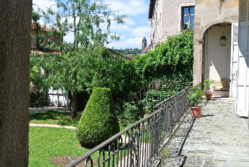 le balcon sur le jardin